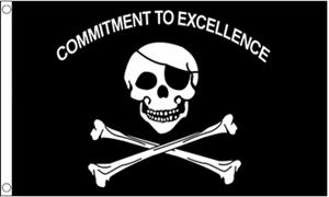 Billede af Commitment To Excellence Flag (90x150cm)