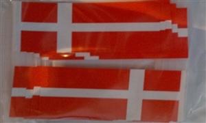 Image of   Dannebrog Kageflag (100 stk.) (30x48mm)