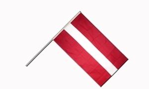 Image of   Letland Håndholdt Papirflag (20x27cm)